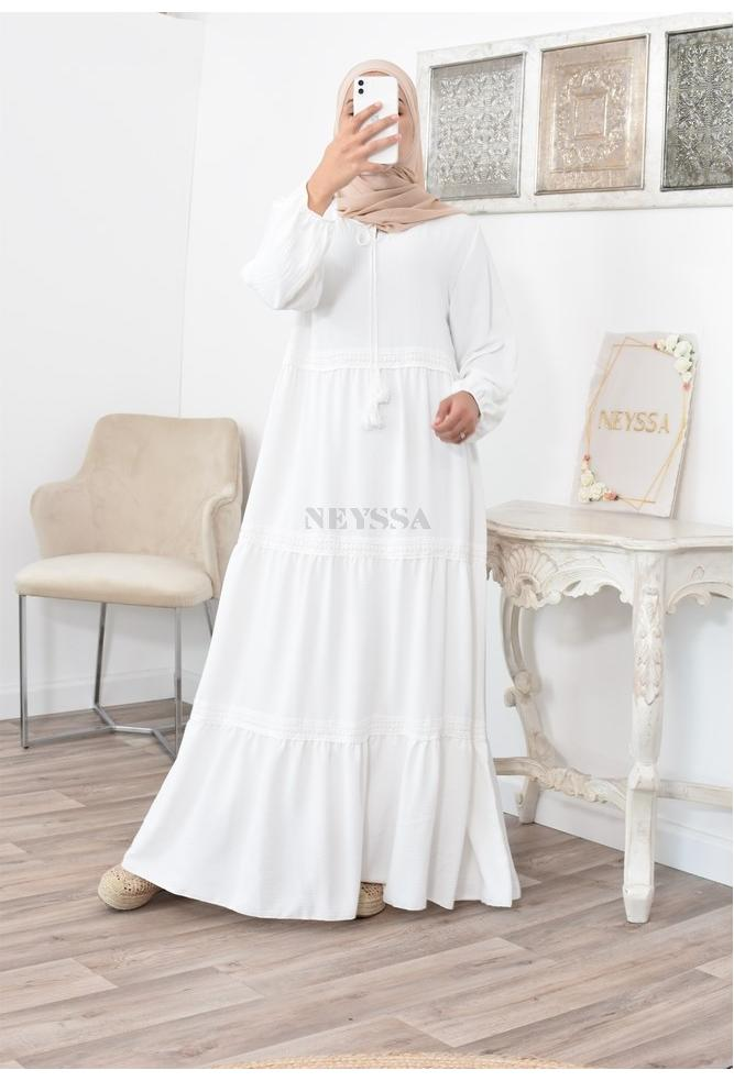 Muslim women Bohemian dress with lace details flared for veiled