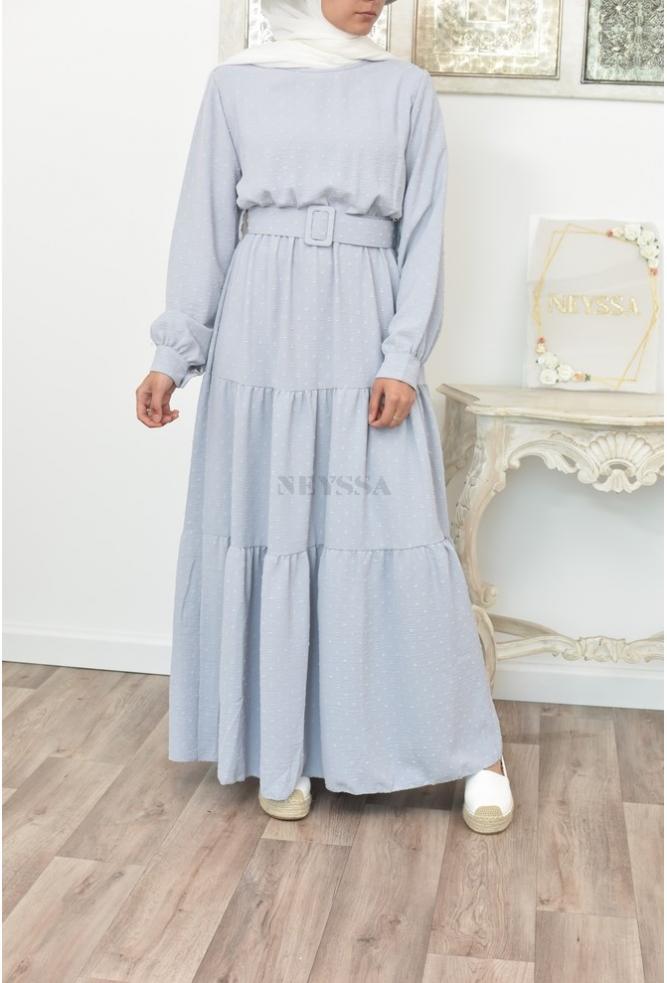 Bohemian off-white flowing dress and mastoura