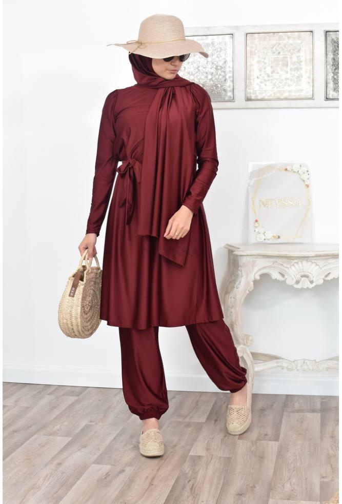 Burkini avec coupe longue et ample parfait pour la femme musulmane voilée
