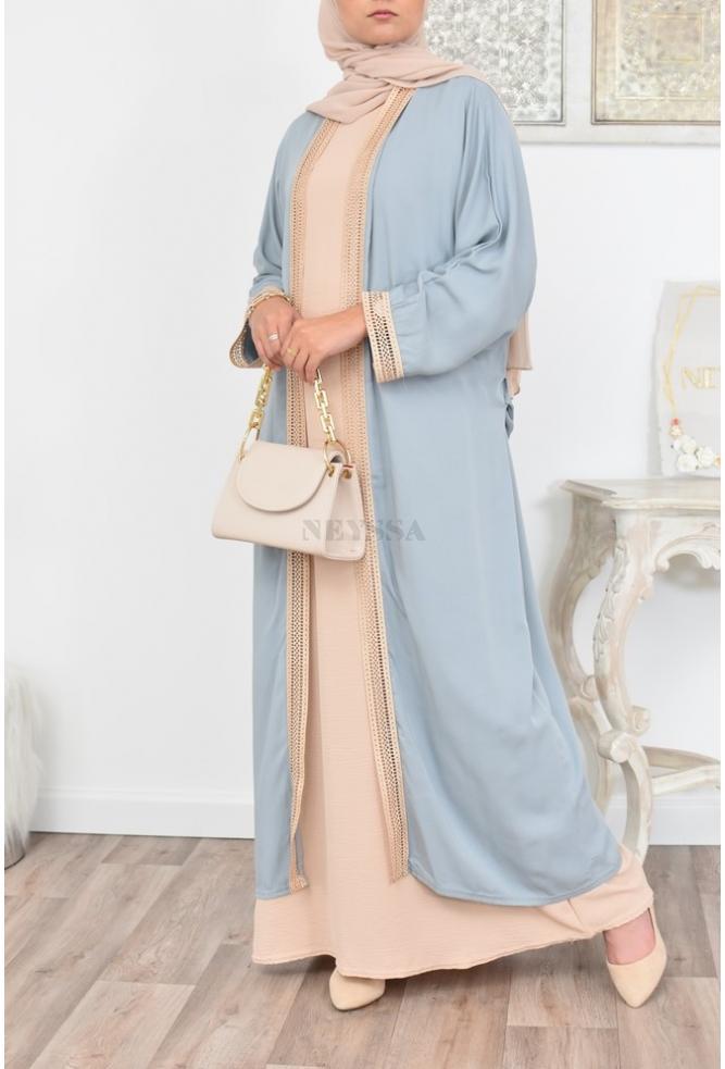 Langer bestickter Kimono perfekt für eine bescheidene Frau